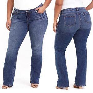 NWT Torrid Relaxed Boot Cut Jeans Dark Rinse SZ 24
